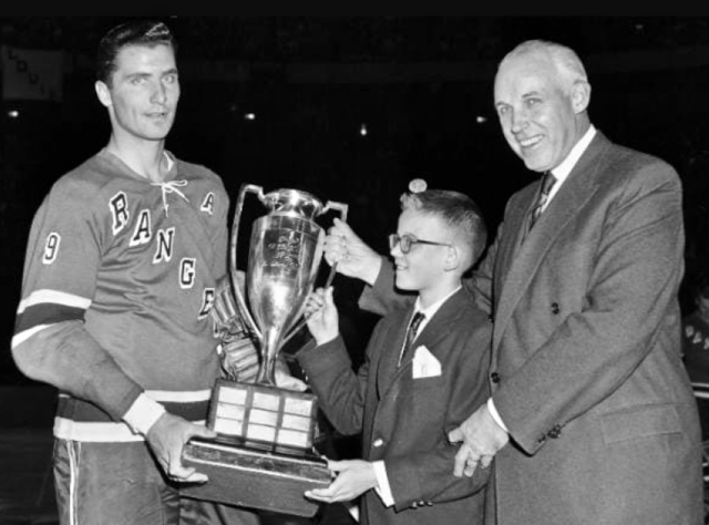 Andy Bathgate 1959 Hart Memorial Trophy Winner