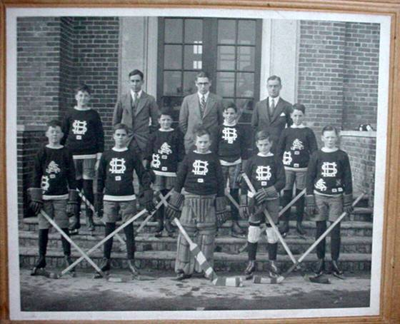 Hockey Photo 1920s 2 High School