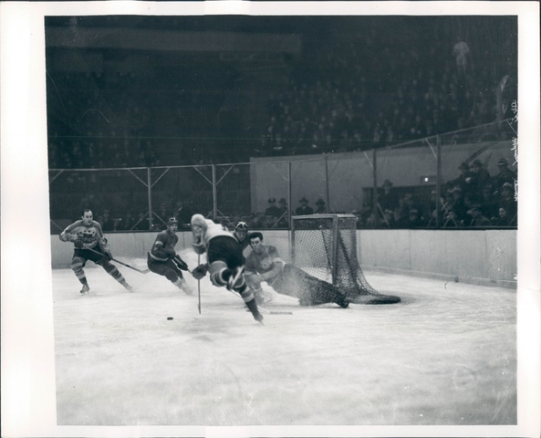 Ice Hockey Photo 1938 New York Americans vs Detroit Red Wings