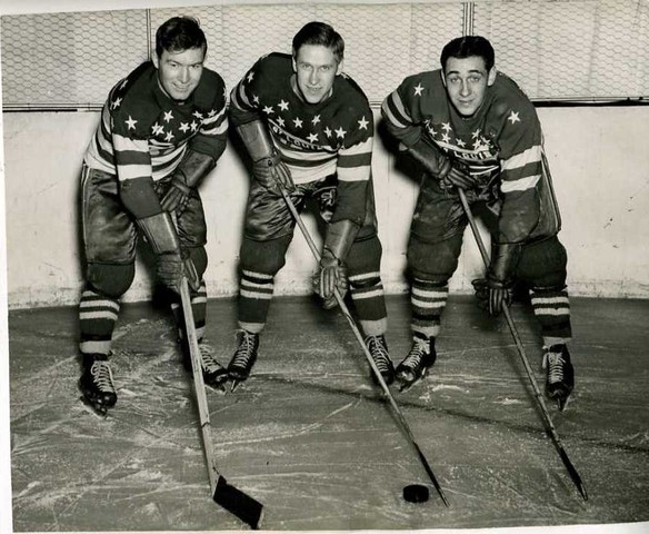 Ice Hockey Photo 1945 1