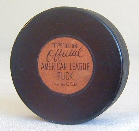 Tyer Official Ice Hockey Puck 1942