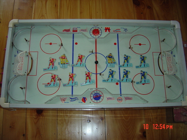 Hockey Table Top Game 1950s 1