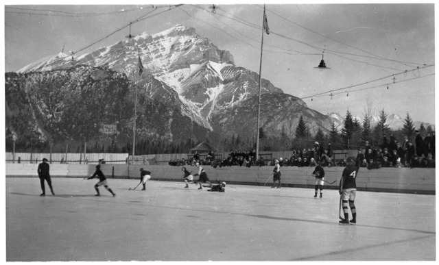 Hockey Photo 1923 Banff