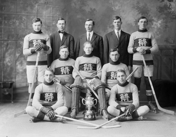 Vernon Hockey Club 1915