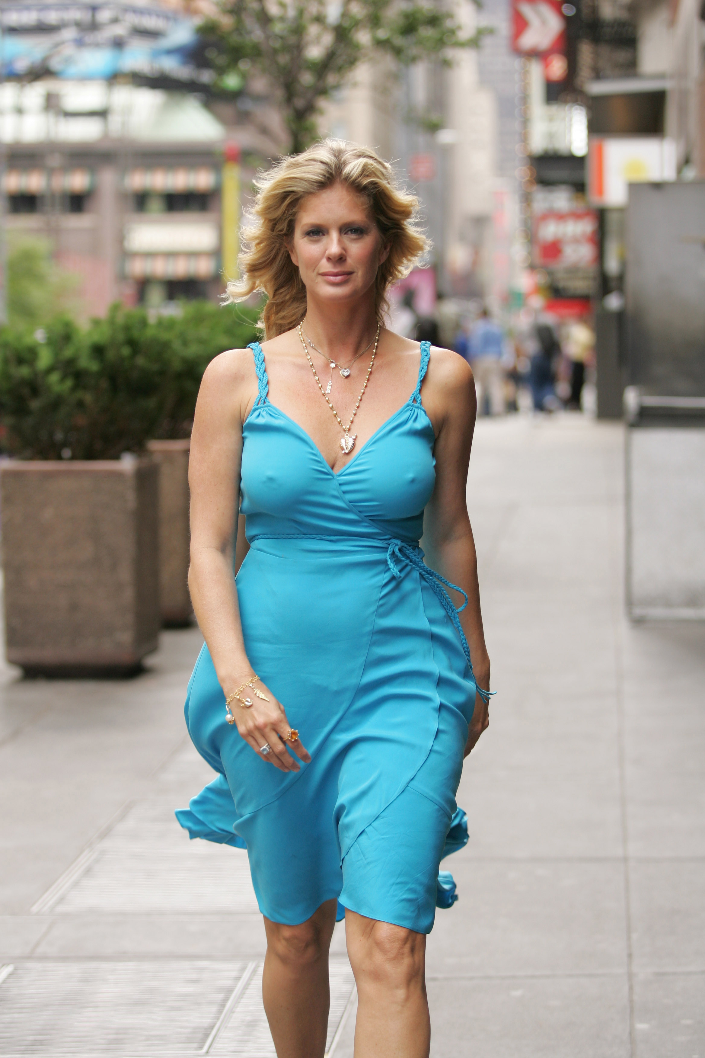 Ice Hockey - Wives/Girlfriends - Rachel Hunter | HockeyGods