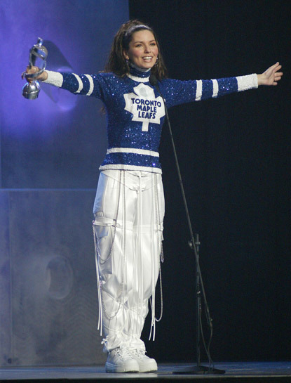 Shania Twain In A Unique Toronto Maple Leafs Outfit