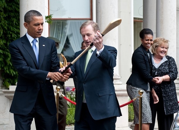 Barack Obama learns to Hold a Hurling Stick from Enda Kenny