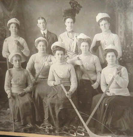 Womens Ice Hockey Team 1890s