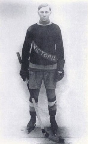 Tommy Dunderdale - First Player to Score a Penalty Shot Goal