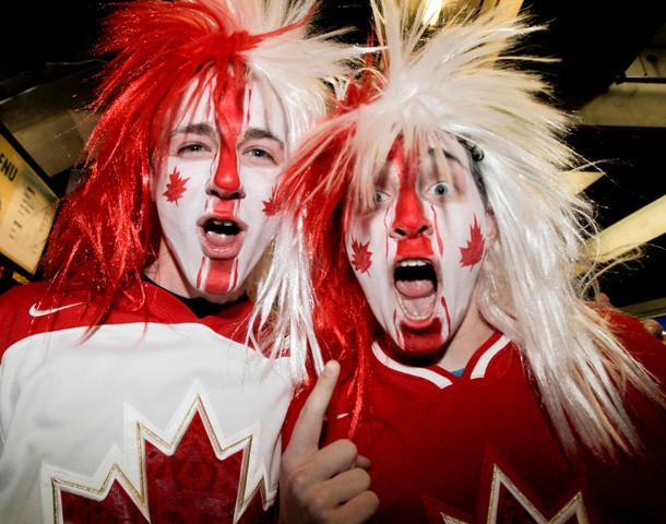 Team Canada Fans With Face Paint Amp Hockey Hair Hockeygods