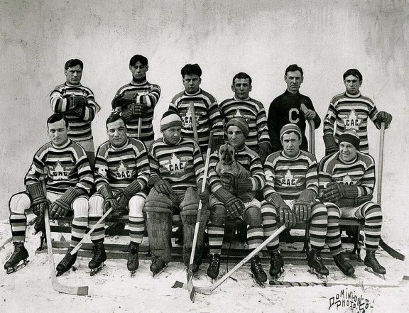 Montreal Canadiens - Club Athletique Canadien Team Photo 1912