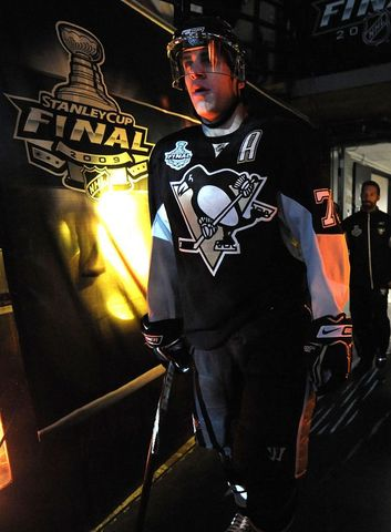 Evgeni Malkin Retuning To The Ice in Stanley Cup Final