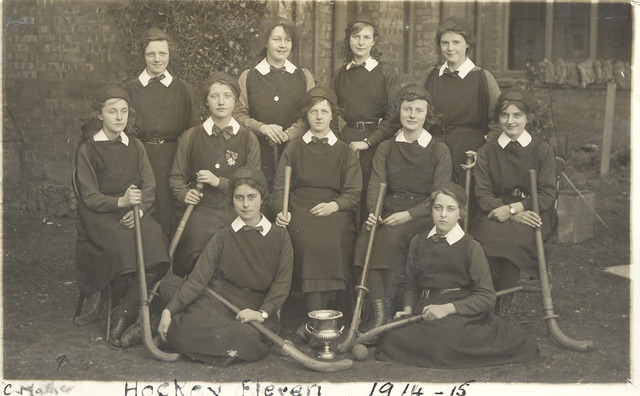 St. Mary's Layton Hill Convent Ladies Field Hockey Team - 1915