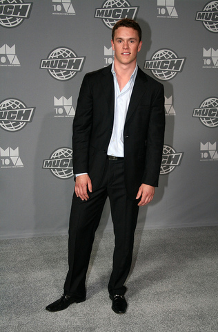 Jonathan Toews - Much Music Awards - 2010 - Black Suit