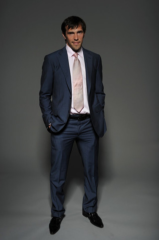 Pavel Datsyuk - Blue Suit - Pink Shirt & Tie - Sharp Dressed