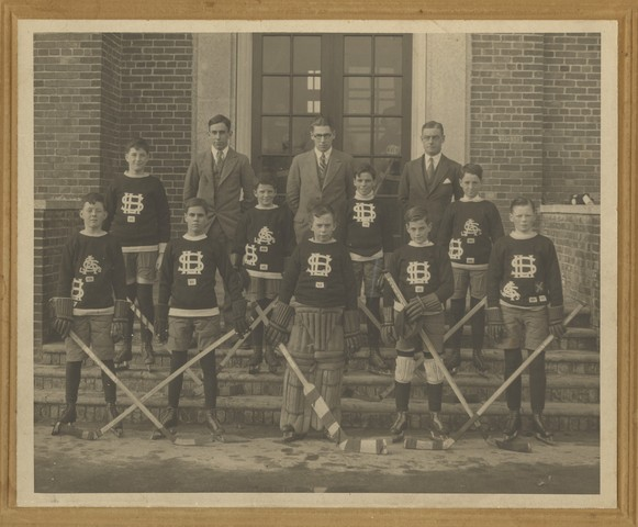 School Ice Hockey Team - 1930s