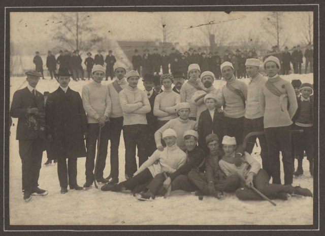 Ice Polo / Bandy Team - Late 1890s to Early 1900s