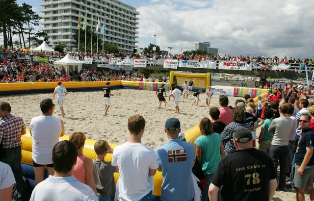 Beach Hockey Action - Timmendorfer Strand - Germany - 2012