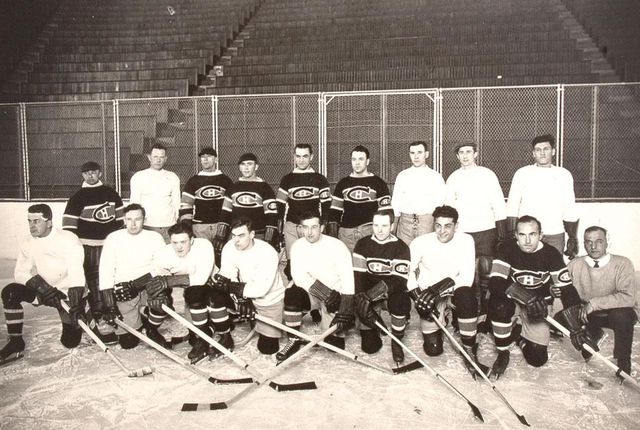 Montreal Canadiens - Team Photo at Practice - Circa 1930