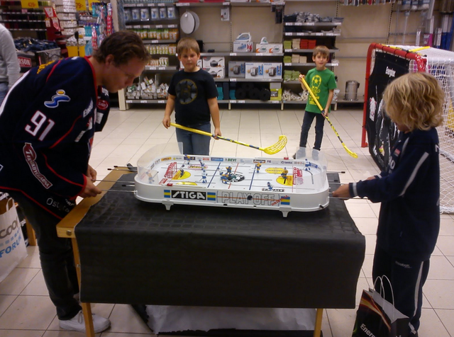 Andreas Jamtin & Melvin Jonsson Play a Game of Table Top Hockey