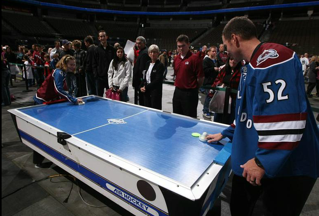 Adam Foote Playing Air Hockey @ Meet The Team Event - 2009