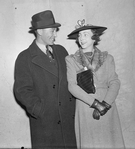 Dit Clapper With his Wife Honey Clapper - 1937