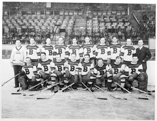 Boston Bruins - Team Photo - Boston Garden - 1932-33 Season