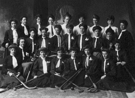 Victoria High School - Girls Field Hockey Team - 1905