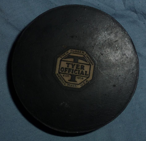 Tyer Official Hockey Puck - Vintage - Tyer Rubber Company 1940s