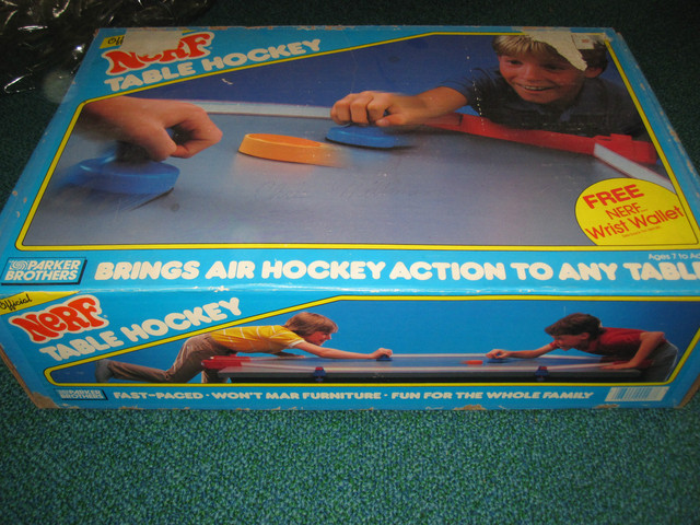 Nerf Table Hockey - Parker Brothers - 1987