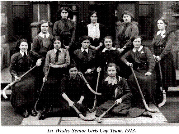 Wesley College Senior Girls Hockey Team - Ireland - 1913