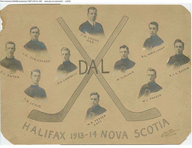 Dalhousie University Hockey Team - 1913 / 14